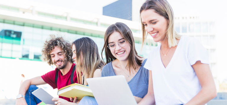 Admission Essay For Future College Students: Writing Help